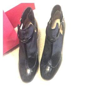 Gorgeous Valentino black shoes